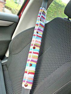 Winwick Mum: Crochet car seat belt cover - free pattern.