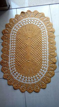 Crochet Doily Rug, Crochet Carpet, Filet Crochet, Crochet Patterns, Cute Fairy, Crochet Table Runner, Crochet Humor, Crochet Home Decor, Metal Art
