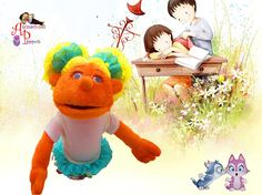 Títere niña de 30 cm, color naranja, vestido de color crema con volante de encaje, cabello rubio, de dos coletas (código NA-24)