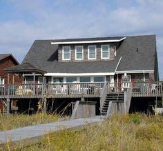 Parrotise - 8 bedroom, 6311 W. Beach Drive, Oak Island, NC, Ocean Front