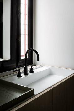 Bathroom DG in Ghent Belgium by Fredric Kielemoes