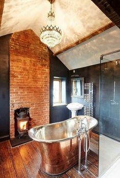 Baño combinación antiguo y moderno