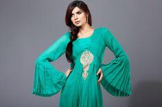 Latest Awesome Patiala Salwar Kameez Designs 2014 For Girls. #salwarkameez2014, #salwarkameezdesigns, #indianfashion ,#pakistanifashion, #patialasalwar, #patialakameez