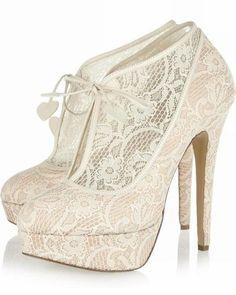 Chaussures de mariage - $79.99 - Femmes Dentelle Talon stiletto Bottes Bout fermé Plateforme Escarpins (047026584) http://amormoda.fr/Femmes-Dentelle-Talon-Stiletto-Bottes-Bout-Ferme-Plateforme-Escarpins-047026584-g26584