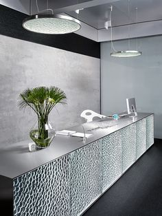 Reception Desk Glazing Panels - Hydrogene - Lasvit
