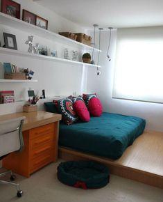 Como decorar e aproveitar cada cantinho de um quarto pequeno Home Office, Corner Desk, Kids Room, Bedroom, Architecture, Storage, Furniture, Design, Home Decor