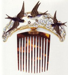 art nouveau hair pin By René Lalique