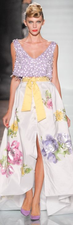 Roccobarocco, 2014 (I usually don't choose graphic prints; especially not florals, but THIS is lovely ))