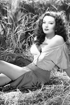 Linda Darnell [1944]