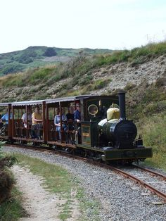 Groudle Glen Railway: Sea Lion approaching Sea Lion Rocks (27/07/2013) | FThe Groudle Glen Railway is a 2 ft (610 mm) narrow gauge railway north of Douglas in the Isle of Man which is owned and operated by a small group of enthusiastic volunteers and operates on summer Sundays; May to September and Wednesday evenings in July and August along with a number of annual special events.