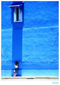 Wall……..AFTER CLOSELY STUDYING THIS, I BELIEVE THE COLOR IS CONCEIVED AS BLUE……YEP!! IT'S -- BLUE --………..ccp