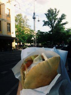 Falafel Berlin Rosa Luxemburg Platz