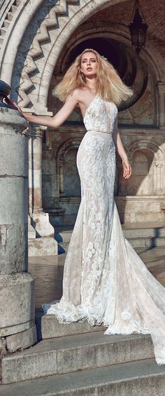 Bridal runway trends: Galia Lahav Wedding Dresses Fall 2016