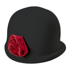 Classic hat with a flower on the front