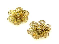 Vintage Filigree Flower Clip Earrings Gold Tone by TheFashionDen, $8.00