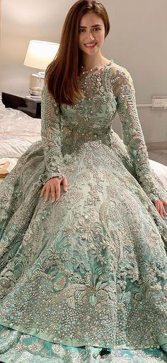 Asian Bridal Dresses, Pakistani Wedding Outfits, Indian Gowns Dresses, Indian Bridal Outfits, Indian Fashion Dresses, Wedding Dresses For Girls, Pakistani Wedding Dresses, Pakistani Dress Design, Party Wear Dresses