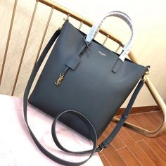 Saint Laurent Shopping Toy Bag in Calf Leather 498612 Gray 2018 ] : Real Bag Sale Leather Handle, Leather Case, Calf Leather, Designer Bags For Less, Designer Purses, Saint Laurent Tote, Ysl Bag, Bags 2018, Yolo