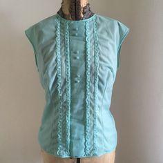 I Shop, Vest, Jackets, Shopping, Vintage, Fashion, Down Jackets, Moda, Fashion Styles