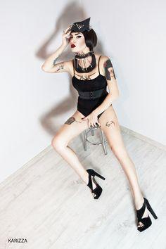 """FEEL MY PAIN"" photo by KARIZZA KARIZZA | |#Brian #viveros #women #tattoos"