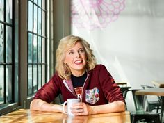 Comedian Maria Bamford Opens Up About Living with Bipolar and Rebuilding Her Life After a Mental Breakdown