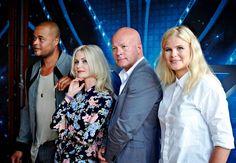 X Factor holder bootcamp på Fejø Fes, Factors, Sequin Skirt