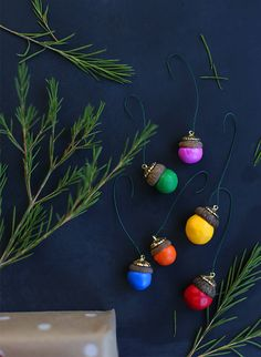 diy acorn ornaments SO CUTE