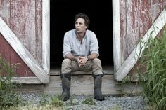 Mark Ruffalo sitting in front of his barn! Nice pic of him!