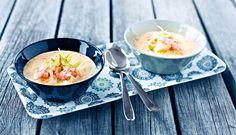 Torskesuppe med fennikel og reker Chili, Fish Recipes, Ramen, Dinner, Ethnic Recipes, Food, Soups And Stews, Stew, Fennel