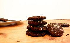 Schwarze Bohnen, Chia Samen und Zartbitterschokolade. Kann das schmecken? Klar, super lecker sogar!