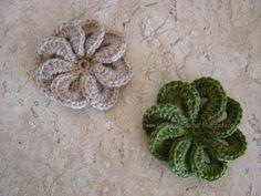 """""""FALANDO DE CROCHET"""": GRÁFICO DA FLOR DE CROCHET DE PÉTALAS SOBREPOSTAS.  Nice crochet flower, graphed"""