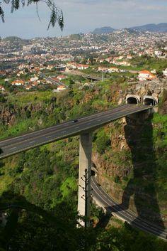 Funchal Highway Bridge - Madeira - Travel in Portugal Photos Funchal, Portugal Photos, Spain And Portugal, Places Around The World, Around The Worlds, Wonderful Places, Beautiful Places, Saint Marin, Bridge Design