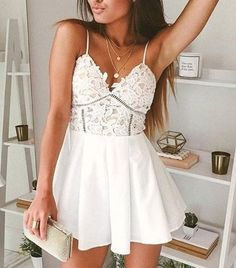 Sexy A-Line Spaghetti Straps White Mini Homecoming Dress With Lace