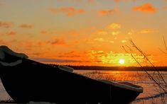 Have a nice evening  Mukavaa iltaa  #sky_brilliance #heart_imprint #bns_finland #theskyvibess #fiftyshades_of_nature #ptk_sky #everything_imaginable #allbeauty_addiction #tv_allnature #sunset #sundown #auringonlasku #sky #taivas #clouds #pilvet #frozen #water #lake #järvi #rowing #boat #soutuvene #nature #luonto #outdoors #landscape #countrylife #suomi #finland
