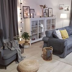 Salon - styl Skandynawski 2020 Corner Bookcase, Furniture, Living Room, Home, Interior, Entryway Tables, Storage Bench, Home Decor, Room