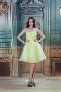 Robe de cocktail jaune clair