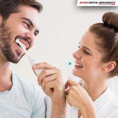 Saviez-vous que des études prouvent qu'un brossage avec une crème dentaire antibactérienne favorise le succès des implants dentaires? ---------------------------------------- www.swissdentalservices.com/fr #dentiste #implants #sourire #clinique