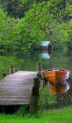 Day at the lake … Beautiful World, Beautiful Places, Landscape Photography, Nature Photography, River Painting, Water Element, Seen, Green Nature, Fantasy Landscape