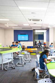 Christopher's Catholic School from Furnware. We have stylish and practical school and office furniture to maximise your comfort and productivity. Catholic School, News Space, Group Work, Learning Spaces, Exciting News, Small Groups, Case Study, Create