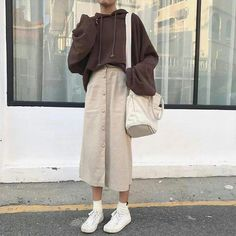 Awesome looking korean street fashion Korean Fashion Trends, Korean Street Fashion, Asian Fashion, Korea Fashion, Set Fashion, Look Fashion, Fashion Design, Petite Fashion, Cheap Fashion