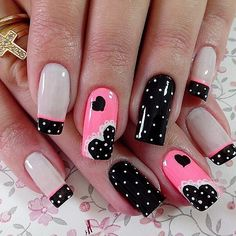 15 Ideas Manicure Rosa Polka Dots For 2019 White Nails, Pink Nails, Toe Nails, Pink Pedicure, Black Nail, Fancy Nails, Trendy Nails, Fabulous Nails, Gorgeous Nails
