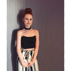 "7,321 curtidas, 46 comentários - Madelaine Petsch (@madelame) no Instagram: ""All about the patterns at the @justjaredjr x @disneystore #mxyz mixer ✨"""