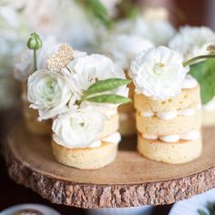 These cakelettes were made by us then topped with gorgeousness blooms and by @sweetrootvillage.