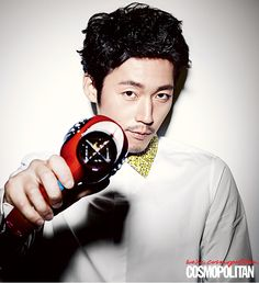 Go here for previously released spreads of Jang Hyuk from the August issue of Cosmopolitan Korea. Korean Men, Korean Actors, Asian Actors, Asian Men, Jang Nara, Fated To Love You, The Age Of Innocence, Cosmopolitan Magazine, Jang Hyuk