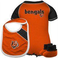 Cincinnati Bengals Infant Creeper, Bib & Bootie Set. Make mealtime memorable for your little Bengals fan!