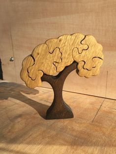 Woodworking Art Ideas, Woodworking Jigsaw, Wooden Puzzles, Jigsaw Puzzles, Best Jigsaw, Toy Trees, Animal Puzzle, Wooden Pallet Projects, Wooden Tree