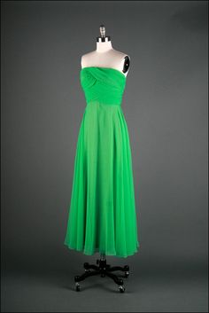 a588dc38b3d9 61 Best Mike Benet images | Evening gowns, Formal dresses, Dresses ...