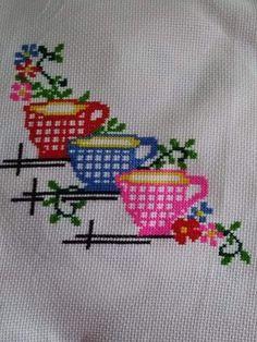 Tiny Cross Stitch, Butterfly Cross Stitch, Cross Stitch Cards, Simple Cross Stitch, Cross Stitch Flowers, Cross Stitch Designs, Cross Stitching, Cross Stitch Patterns, Hardanger Embroidery