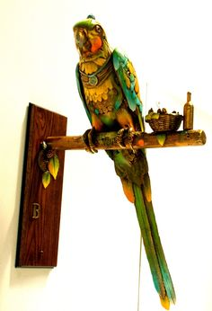 Nano Lopez Sculpture: Papa Gallo - Macaw Parrot: Bronze Sculpture from Nano Lopez. Artist Proof editions of 6 are also available, call for more details. Bronze Sculpture, Sculpture Art, Animal Sculptures, Ceramic Clay, Bees, Wax, Cold, Ceramics, Amazing
