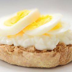 14 Desayunos Llenos De Proteínas Que Te Darán Energía Para Toda La Mañana Muy Fitness Desayuno Desayuno Proteina Comida Fitness Recetas