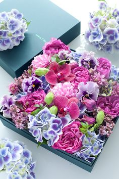 So pretty with pansies, hydrangea,  orchids